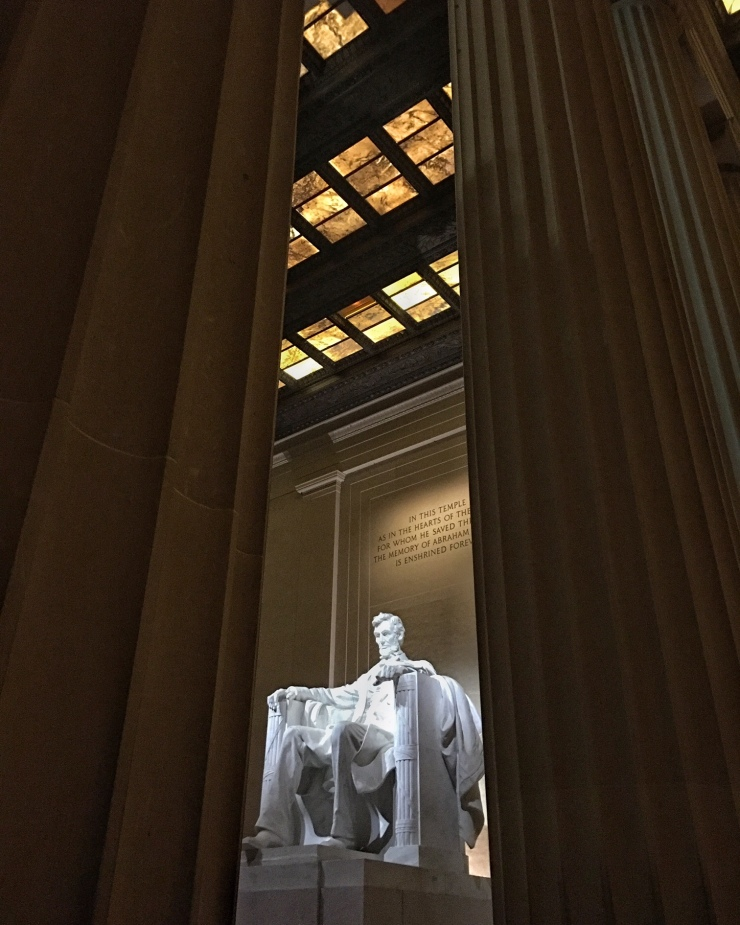 lincoln-memorial-columns