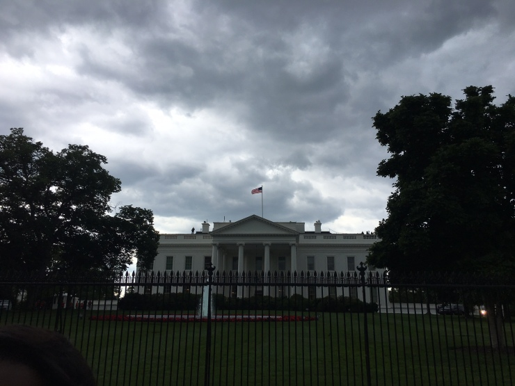 white-house-from-north-lawn